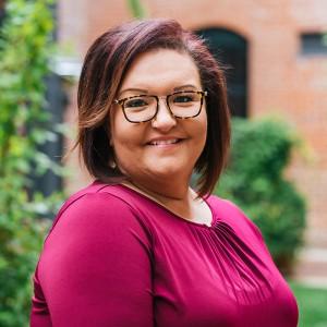 Headshot of Molly DIeujuste Medone Employee