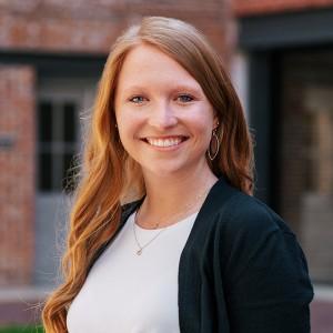 Headshot of Baylie Heppner Medone Employee