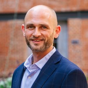 Headshot of Jason Bonus Medone Employee