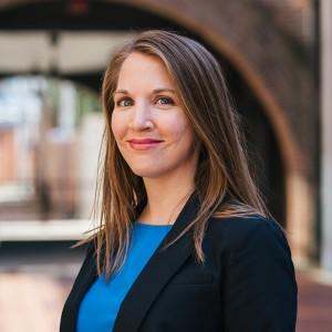 Headshot of Andrea Siegworth Medone Employee